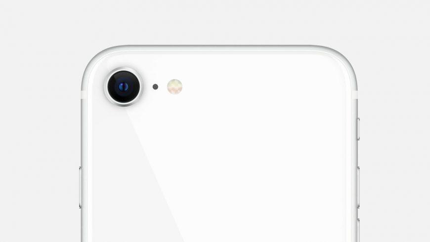 Основная камера iPhone SE