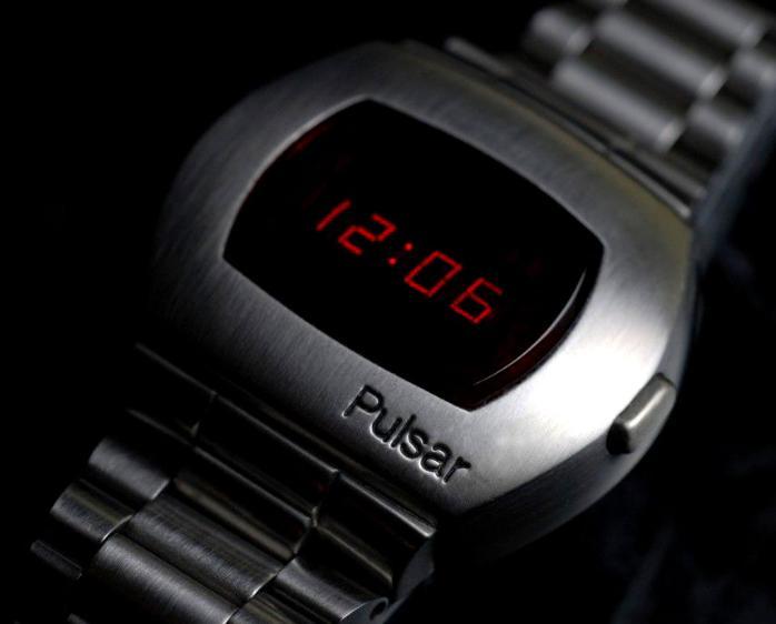 Часы Hamilton Pulsar P2 2900 (LED)