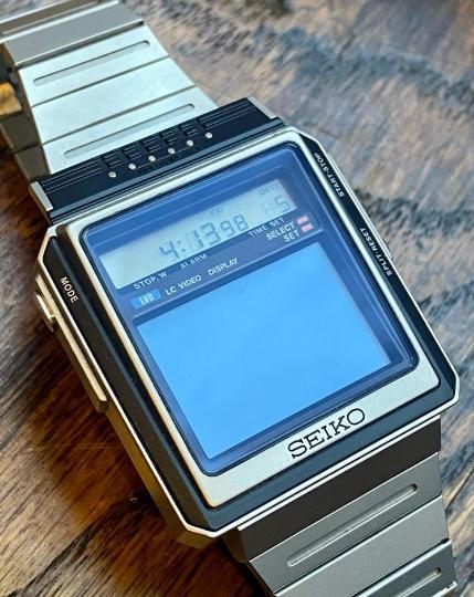 Часы Seiko TV Watch DXA001