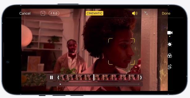 """Режим """"Киноэффект"""" iPhone 13 Pro"""